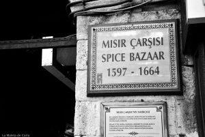 10 visitas imprescindibles en Estambul: bazar de las especias