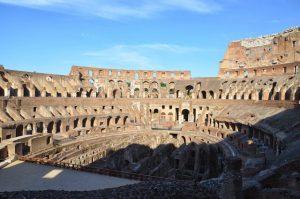 El interior del Coliseo romano