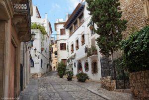 Qué hacer en Sitges: calle de la Davallada