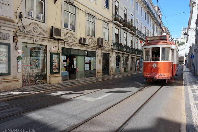 Qué hacer en Lisboa: subirse a un tranvía