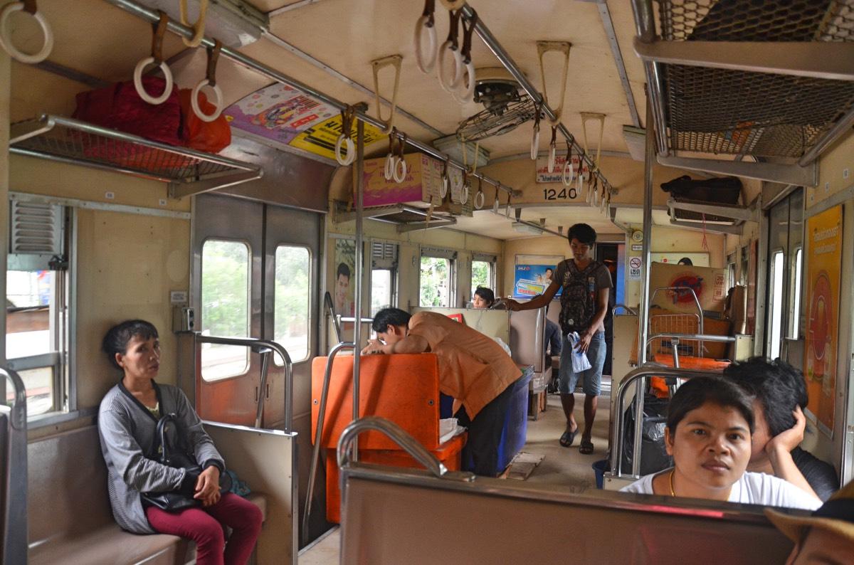 Ayutthaya en un día: Tren desde Bangkok a Ayutthaya