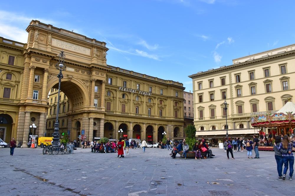La Plaza de la República