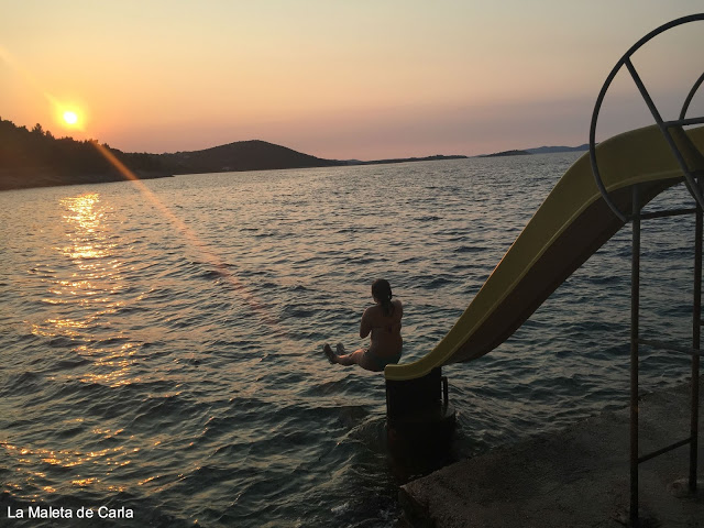 Tobogán en la playa de Sali, en Dugi Otok