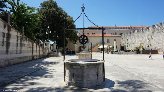 Guía de Zadar: Plaza de los 5 pozos