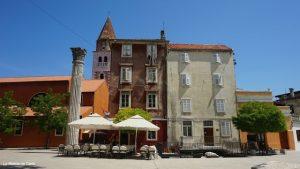 Guía de Zadar: la columna romana
