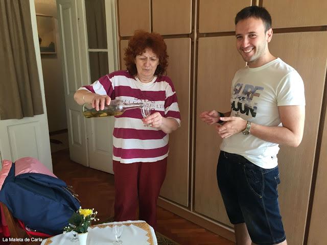 Alojamiento en Croacia: un chupito de Rakija de bienvenida