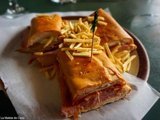 Sandwich cubano en la Pequeña Habana