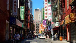 Qué ver en Chinatown, Little Italy, NoLiTa y el East Village: calle en Chinatown