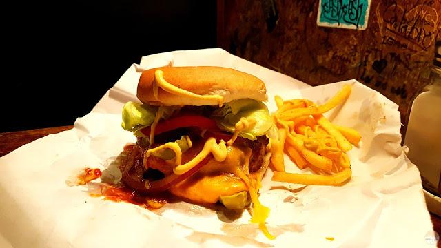 Dónde comer en Nueva York: la hamburguesa del Burguer Joint