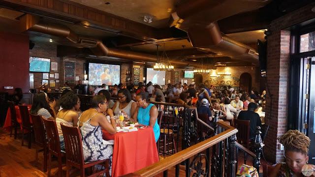 Ambientazo en Harlem Tavern