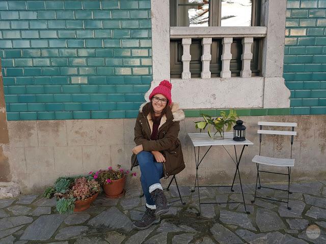 En el hotel La Raposera, cerca del Mirador del Fitu