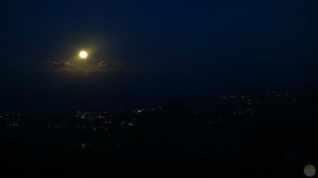 Luna llena desde el Mirador del Fitu