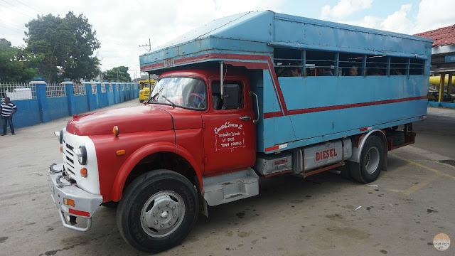 Cómo moverse por Cuba - camión