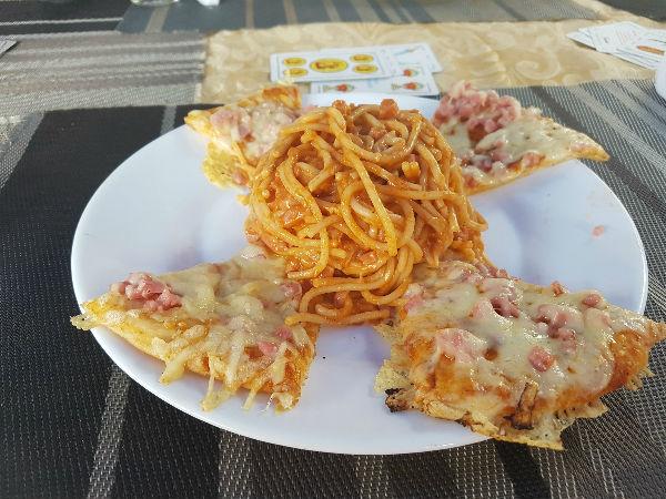 Varadero para mochileros: pizzagueti