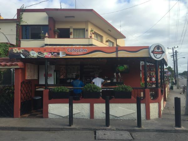 Varadero para mochileros: Cafeccino, la cafetería estrella de Santa Marta
