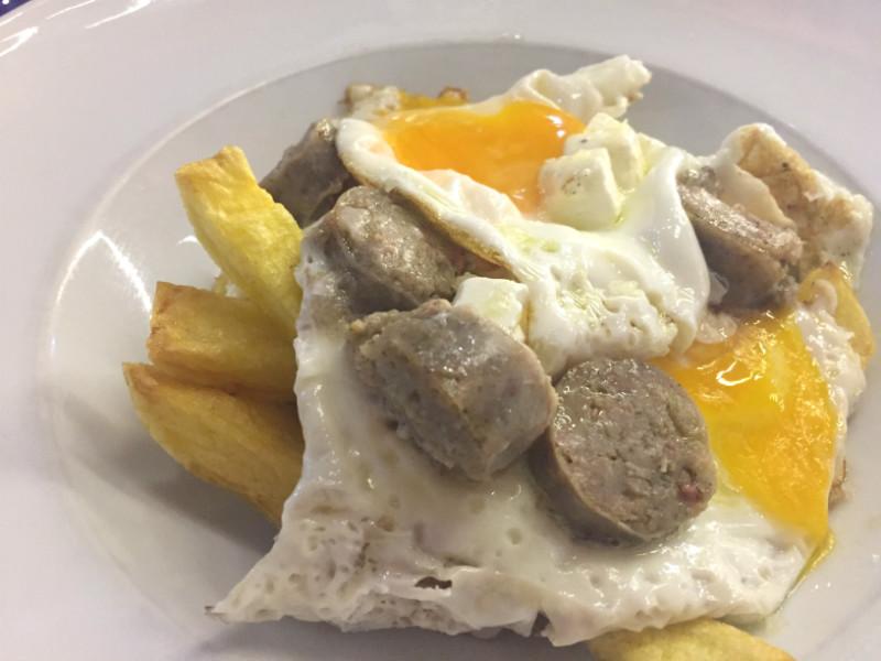 Dónde comer bien y barato en Barcelona: Mamá Café