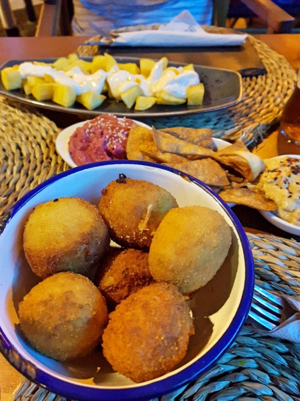 Dónde comer bien y barato en Barcelona: Catacroquet