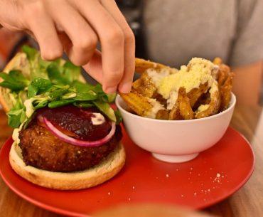 Dónde comer bien y barato en Barcelona: La Real Hamburguesería