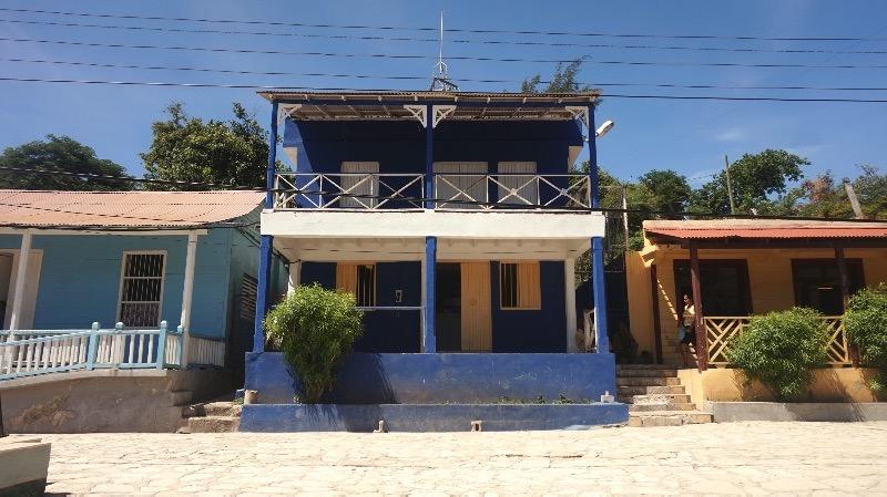 Guía para visitar Santiago de Cuba: las casitas de Cayo Granma