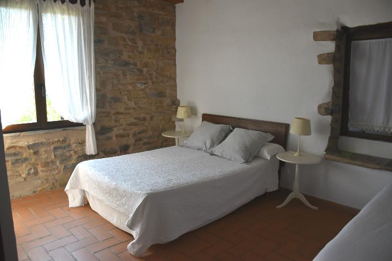 alojamiento rural ecológico en el Pirineo Aragonés: habitación en O Chardinet d'a formiga
