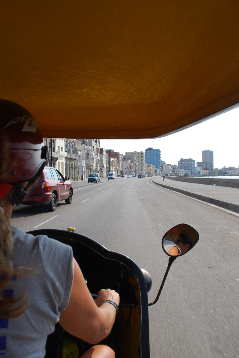 Cosas que hacer en La Habana: coco taxi