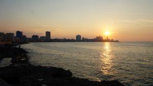 Cosas que hacer en La Habana: puesta de sol en el Malecón