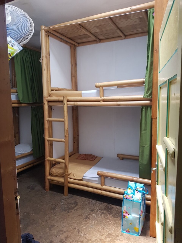 Dónde dormir en Yogyakarta: habitación con literas