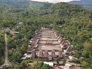Qué hacer en Bajawa: Gurusina
