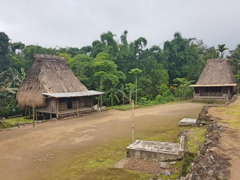 Qué hacer en Bajawa: visitar aldeas tradicionales
