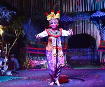 Cosas que hacer en Bali: asistir a una ceremonia en un templo balines