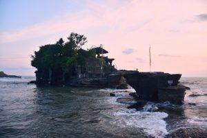 Cosas que hacer en Bali: atardecer en Tanah Lot