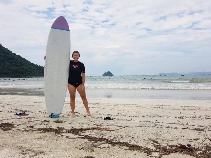 Qué hacer en Lombok: sesión de surf