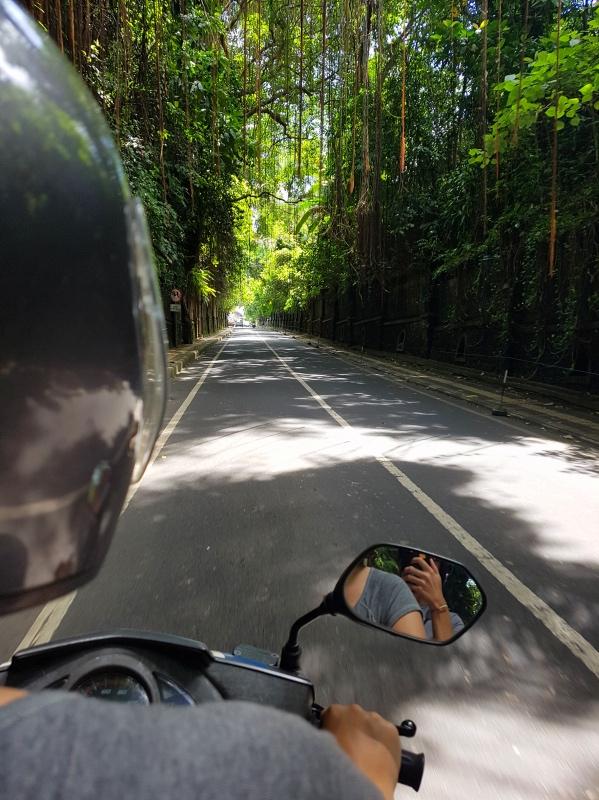 presupuesto viajar indonesia alquilar moto