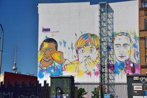 Los mejores grafitis de Berlín: mural con tintes políticos