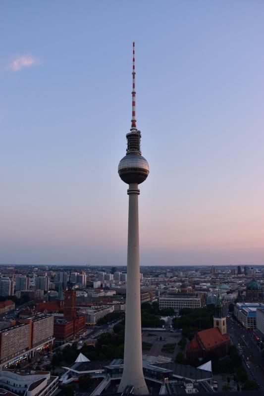 Los mejores miradores de Berlín: La torre de la Televisión desde el Park Inn