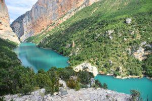 Ruta de las pasarelas de Montfalcó: vistas del río de color turquesa