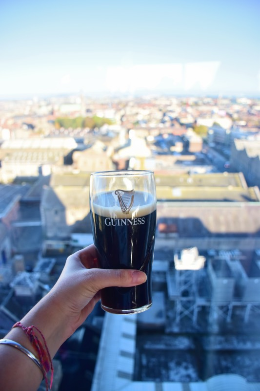Visitar la Fábrica Guinness: una pinta en el Gravity Bar