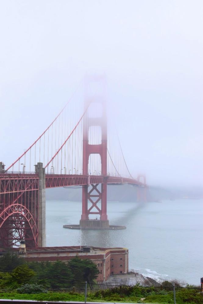 Viaje a California por libre: Golden gate con niebla