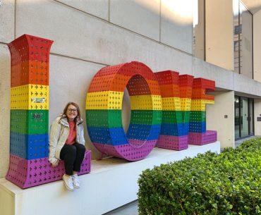 Que hacer en San Francisco: cartel LOVE de la Apple Store