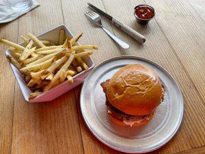 Dónde comer en Los Ángeles: Stout Burgers and beer