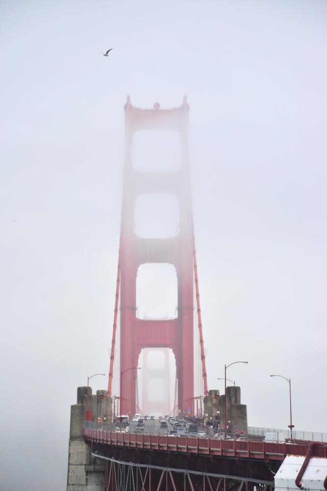 Los mejores miradores de San Francisco: golden Gate overlook con niebla