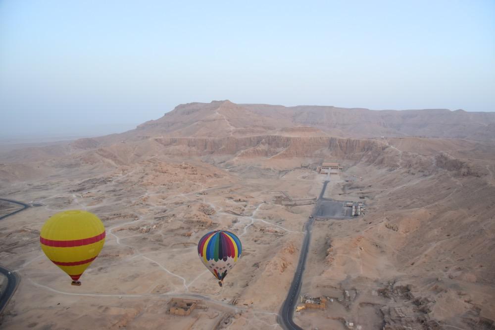 Viaje de 15 días a Egipto: vuelo en globo en Luxor