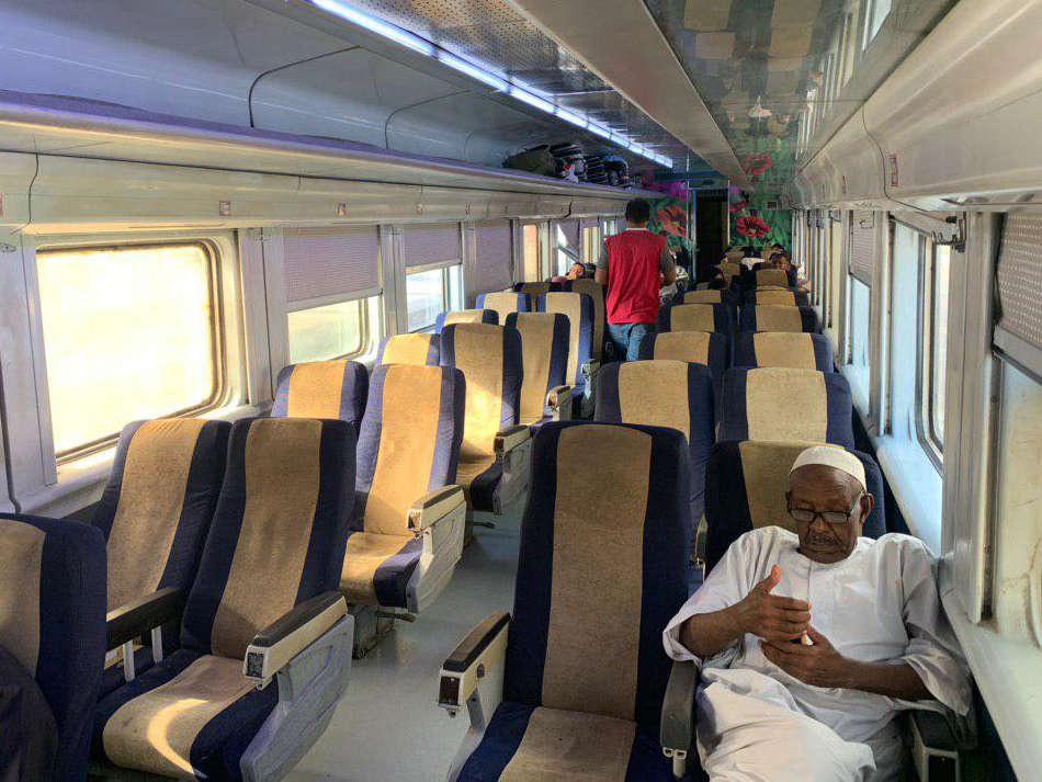 tren Egipto interior segunda clase