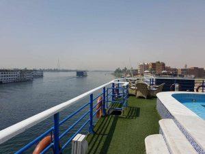 crucero río Nilo Egipto terraza