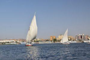 faluca Egipto Nilo barco vela