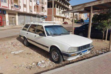 coche peugeout 504 egipto