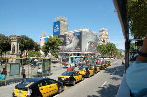 Cómo moverse por Barcelona en transporte público: taxis