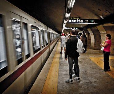 Cómo ir desde el aeropuerto de Ciampino a Roma: metro