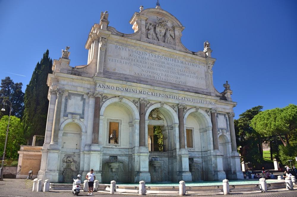 Qué hacer en el Trastevere: visitar la Fontana dell'Acqua Paola