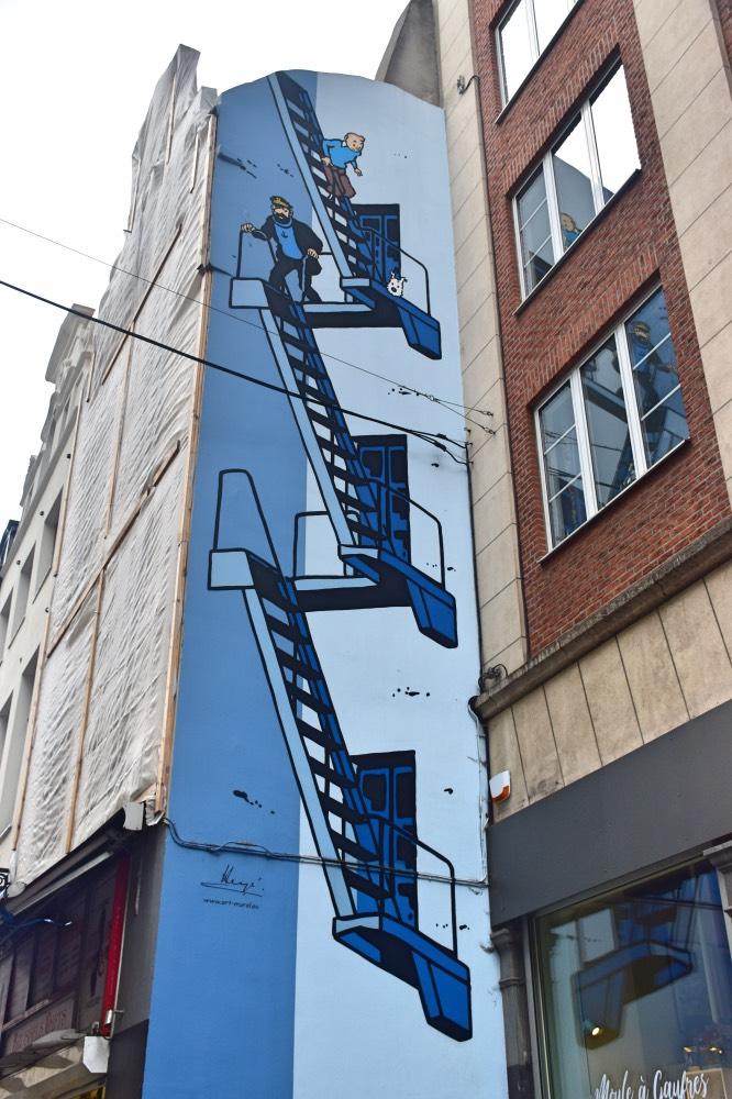 Qué hacer en Bruselas: el mural más famoso, con Tintín